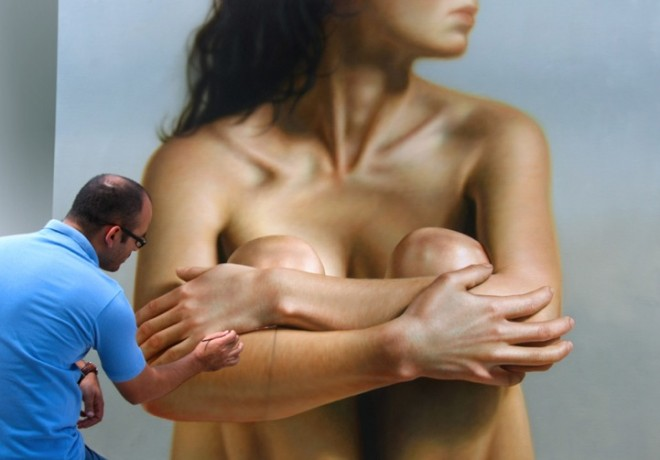 Oil%20Paintings%20Omar%20Ortiz%20(4).forblog 26 Hyper Realistic Oil Paintings of Female form by artist Omar