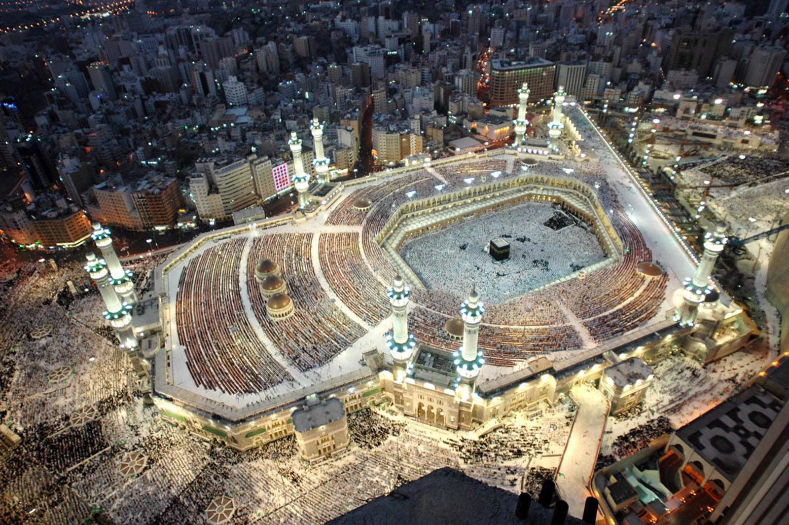 Haji Nude Photos 73