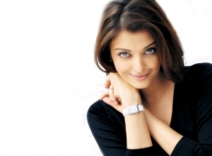 aishwarya rai smile wallpaper