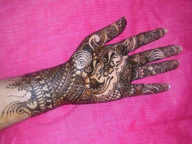 mehndi design traditional