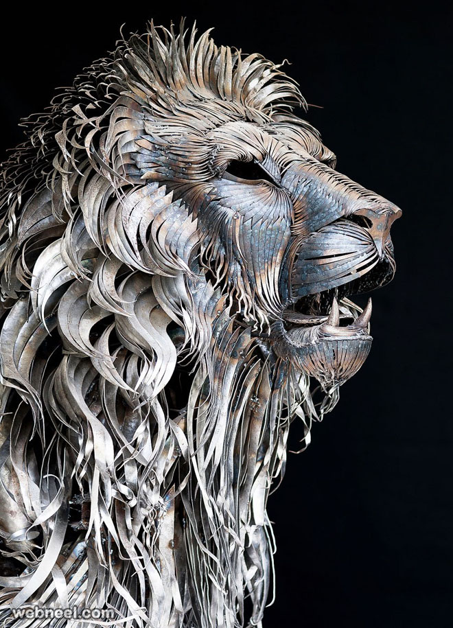lion aslan metal sculpture by selcuk yilmaz
