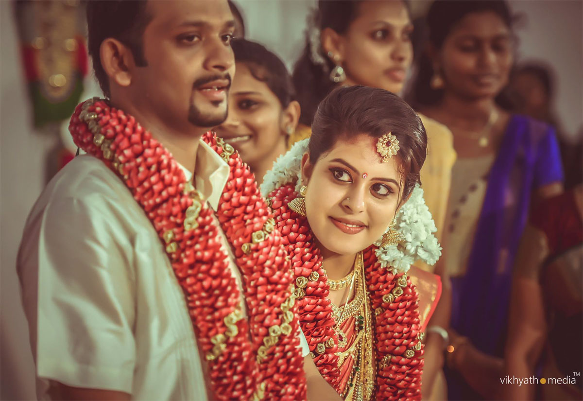 kerala wedding photography by vikhyathmedia