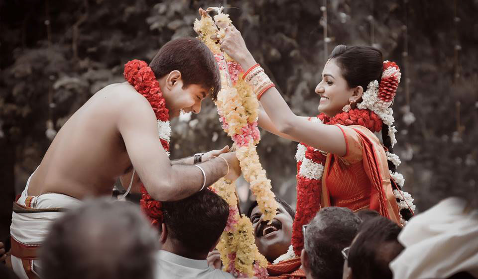 tamil kerala wedding photography by vikhyathmedia