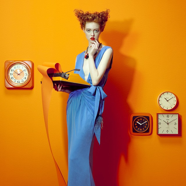 fashion photography phone by lucia giacani