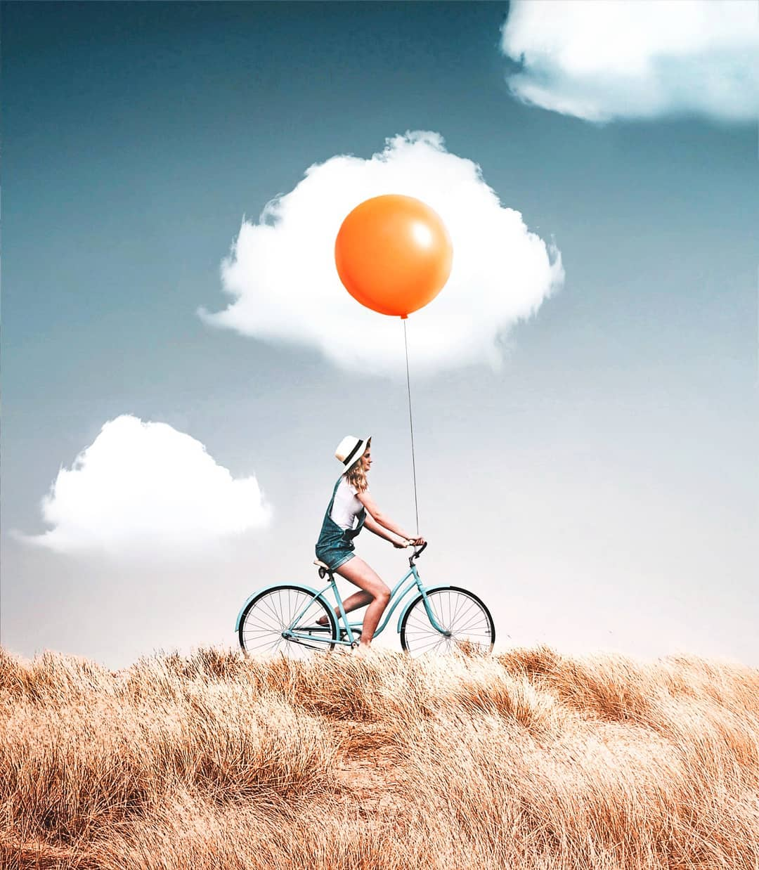 photo manipulation fried egg balloon