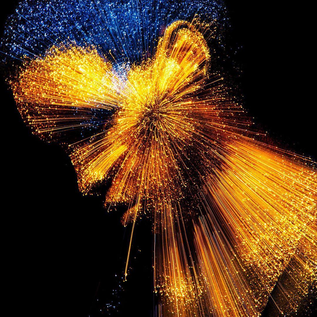 artwork light flash by gabriel wickbold