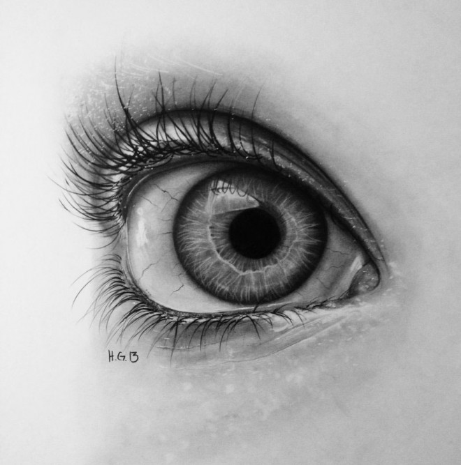 hyper realistic eyes by hector gonzalez