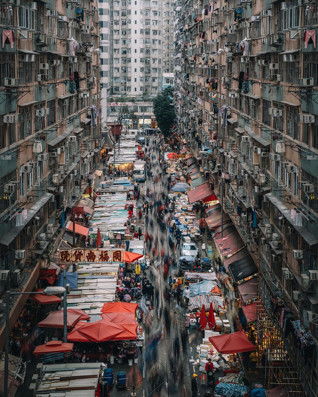 urban photography hongkong by tristan zhou
