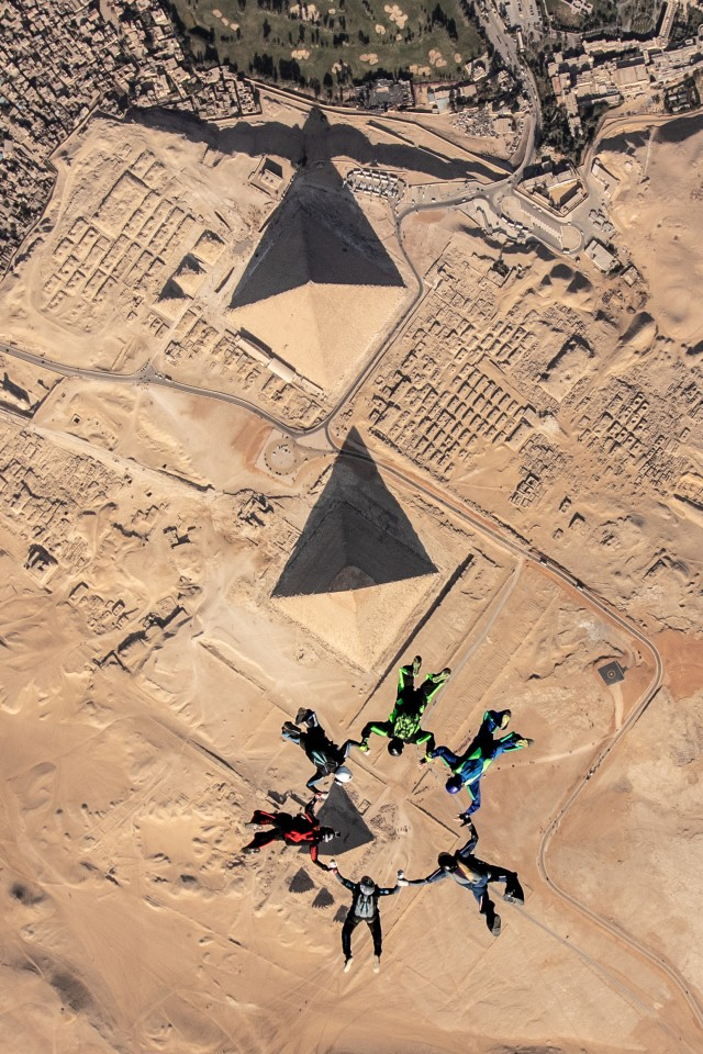 award winning aerial photography skydiving over the great pyramids of giza