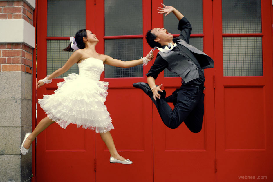 jump funny wedding photography