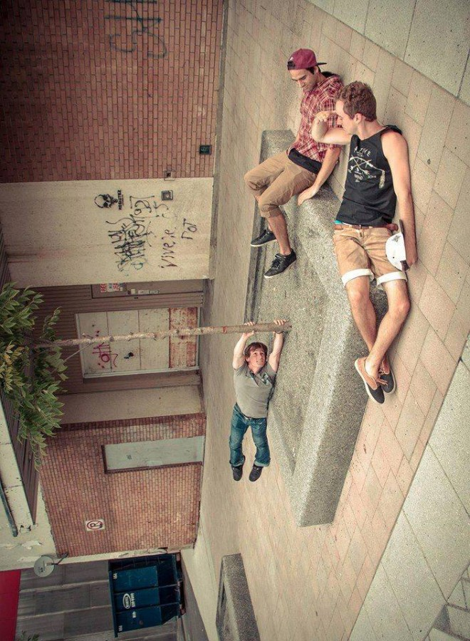 7 amazing forced perspective photography