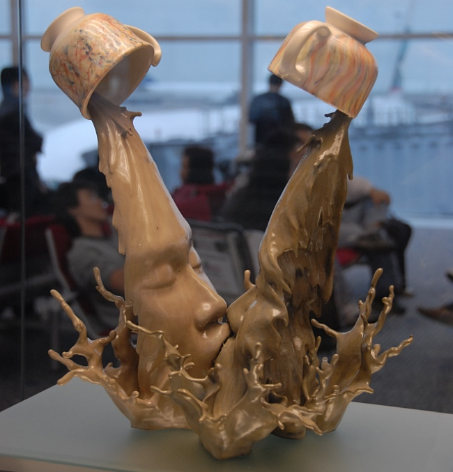 coffee kiss creative sculptures