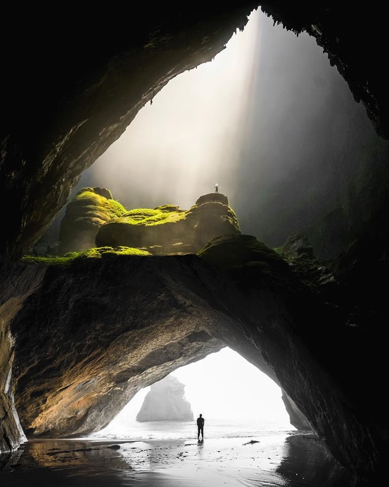 photo manipulation cave by justin peters