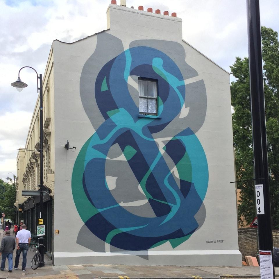 street art by gary stranger