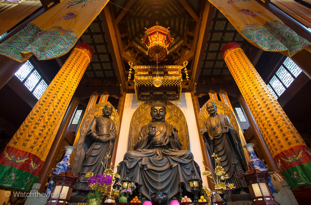 travel photography buddhist monastery by piccaya