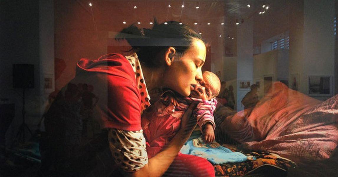 young mother kuala lumpur international photo awards by tamas schild