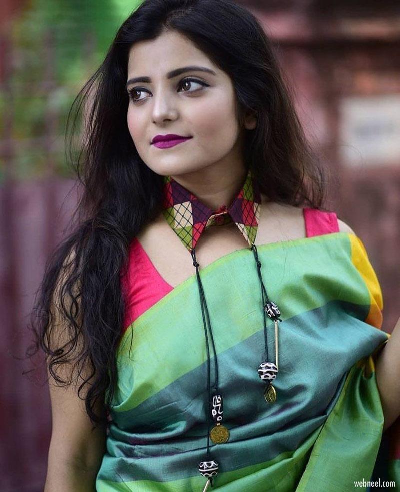 blouse design with unique collar neck