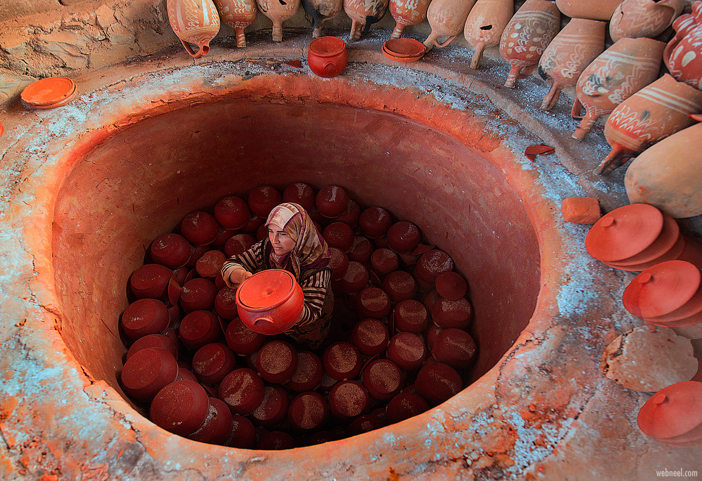 travel photography pottery maker by fethi turgut
