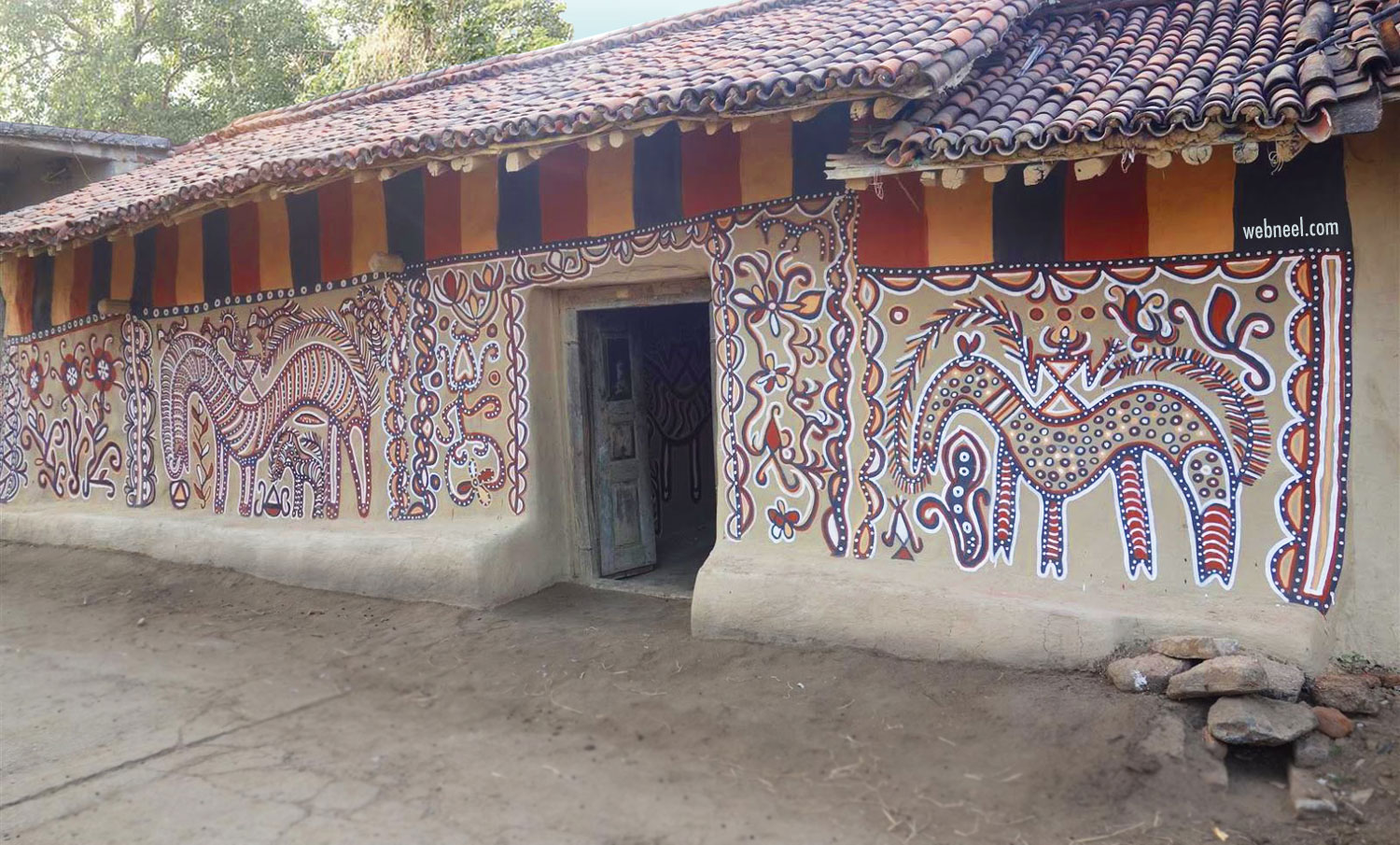 sohrai painting tribal art bhelwara village jharkhand