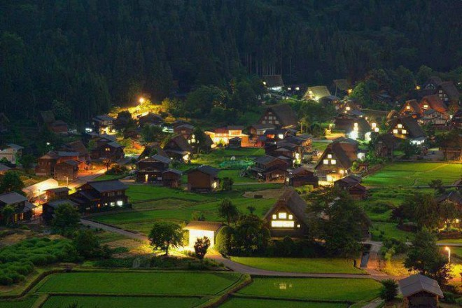 beautiful place in shirakawa village japan