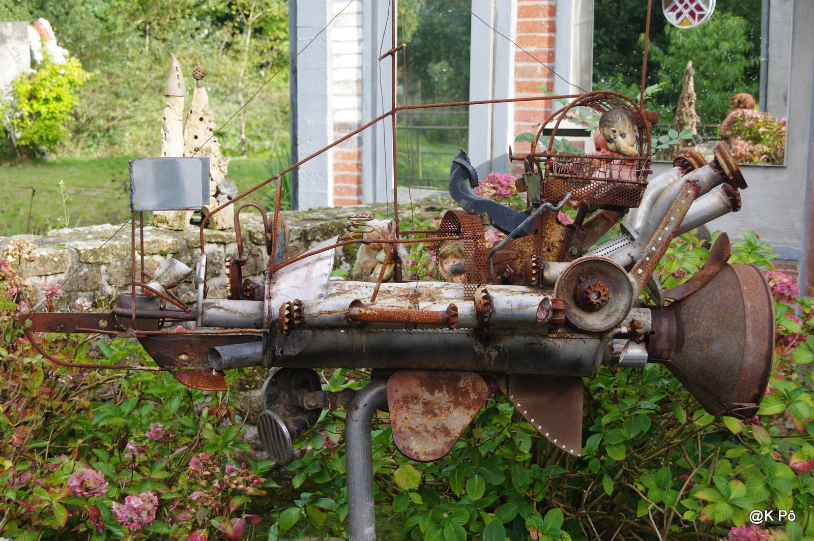 sculpture scrap metal by robert coudray
