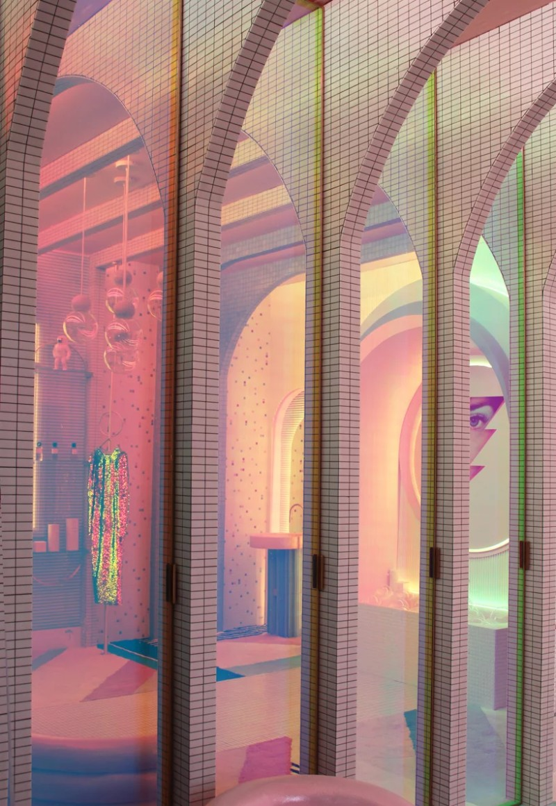 colorful interior design futuriste