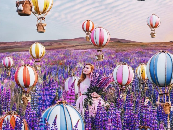 shine light photo air balloon