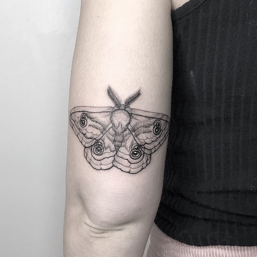 optical illusion tattoo butterfly by yatzil elizalde