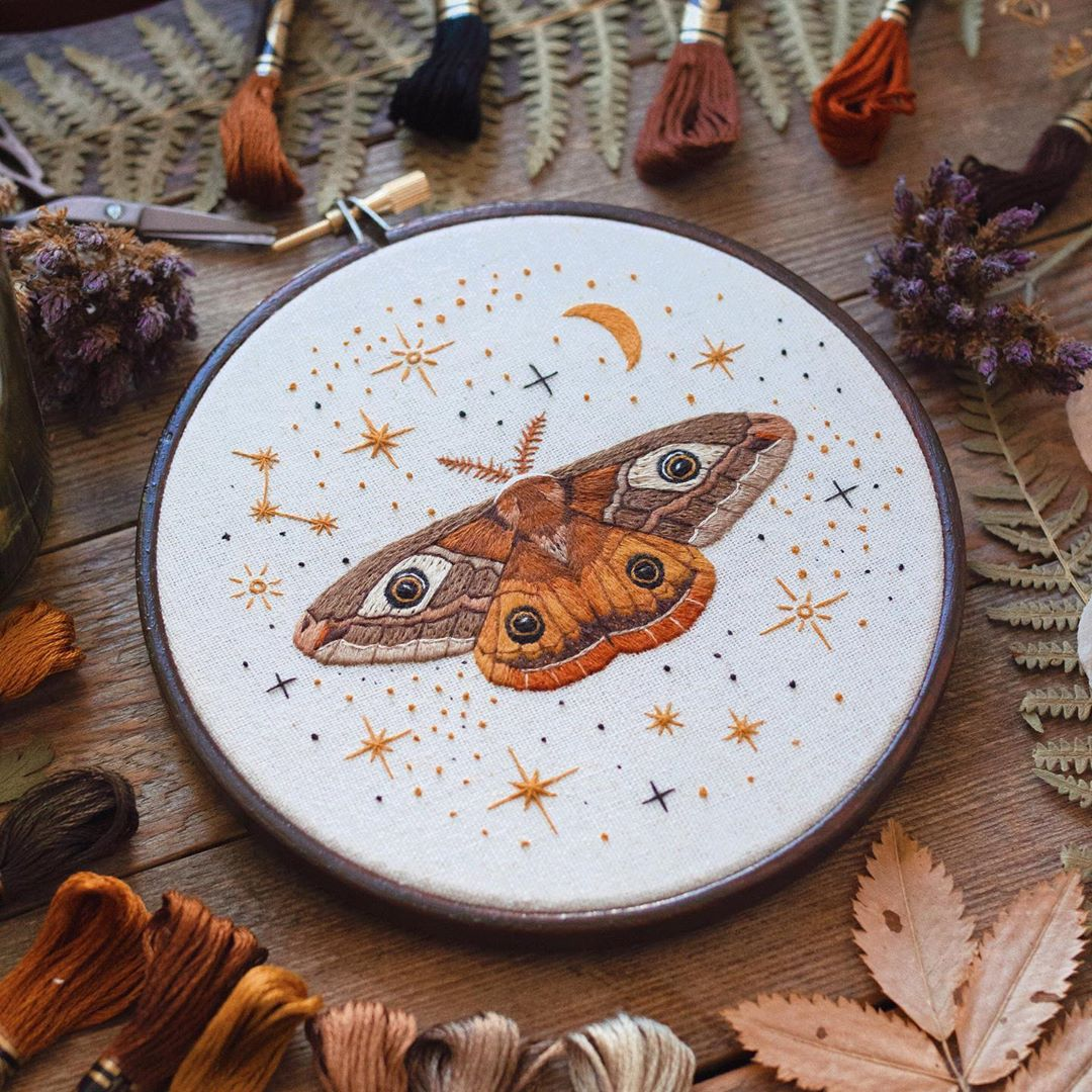 embroidery art spotted butterfly