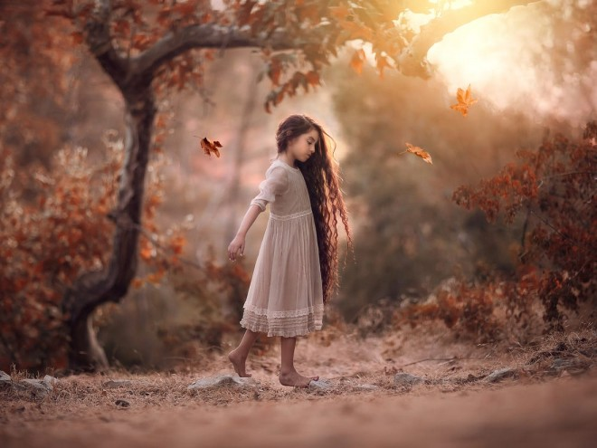 shine light photo girl