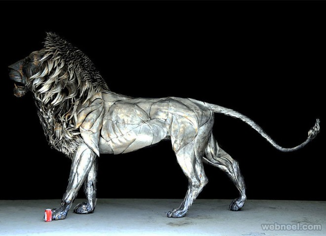 metal lion sculpture by selcuk
