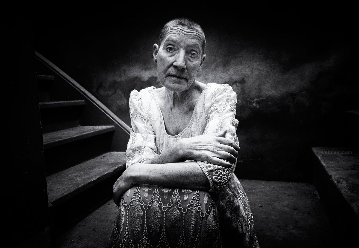 best portrait photography old woman cellar by tondirven