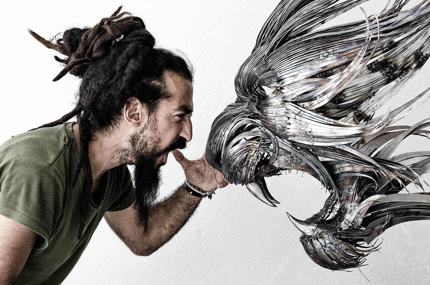 metal sculpture lion by selcuk yilmaz