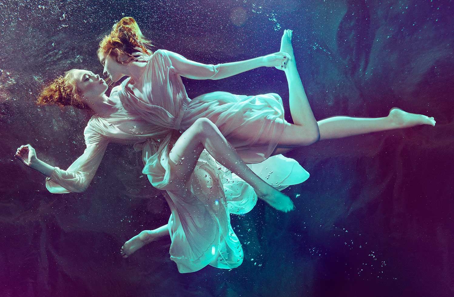 underwater photography advertising cologne by zeno holloway
