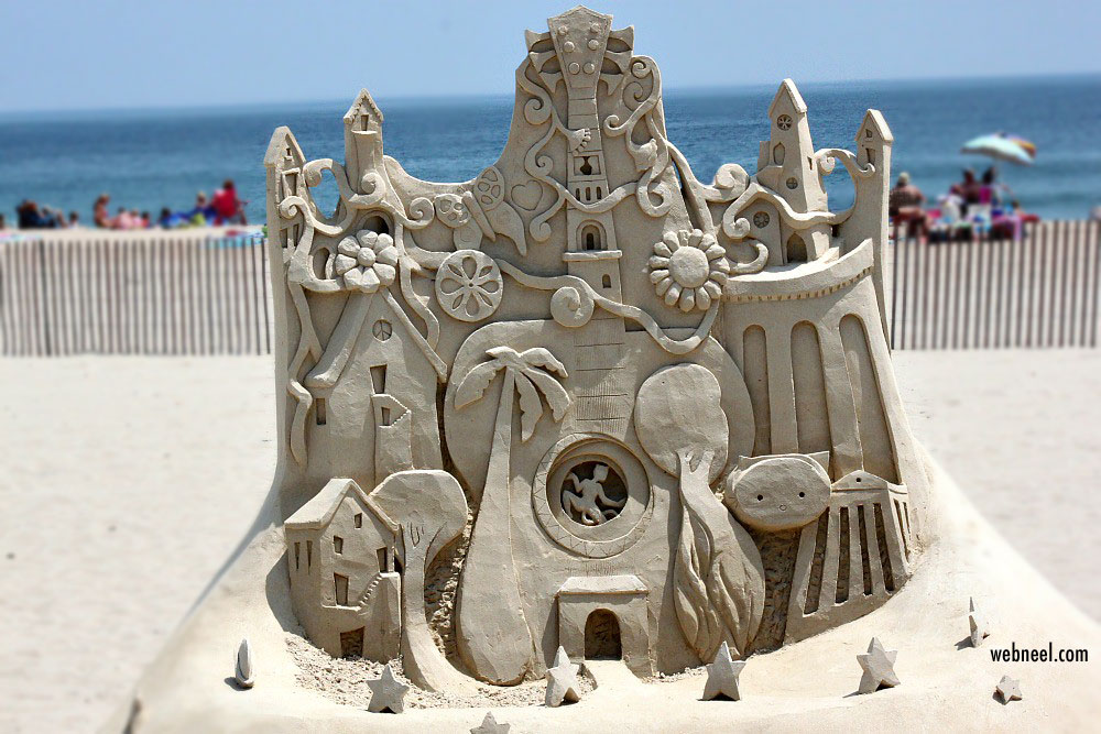 sand sculpture facade by lucinda wierenga