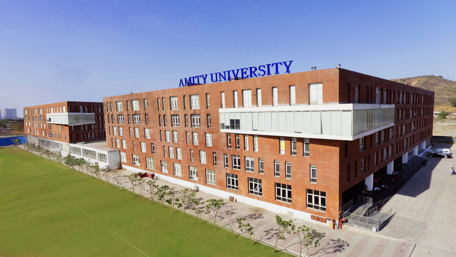amity university mumbai