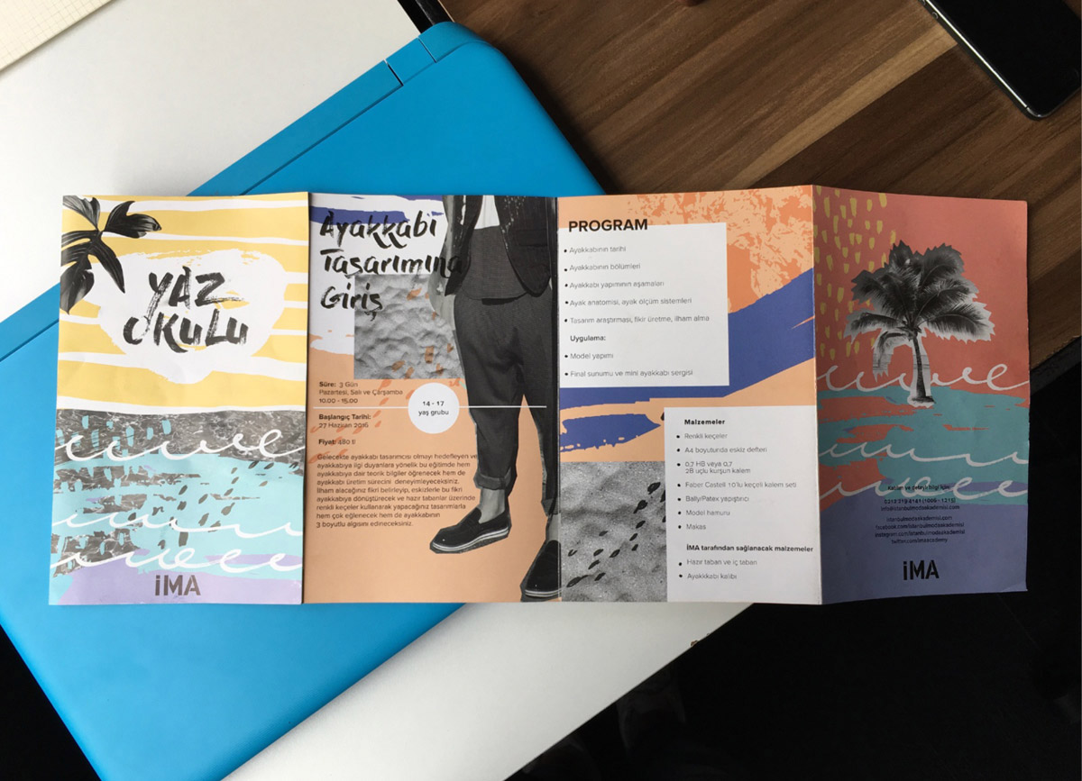 accordion fold brochure design by duygu lougee