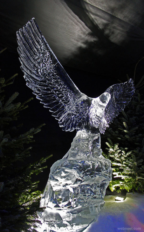 ice sculpture eagle