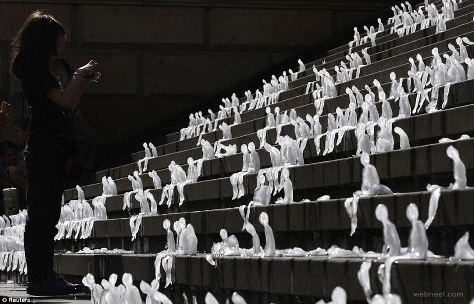 ice sculpture melting men