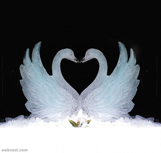 ice sculptures swan