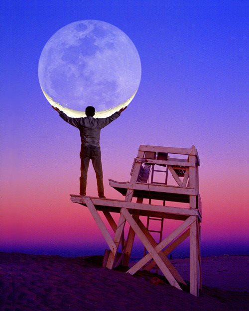 moon forced perspective photo