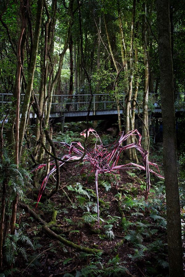 sculpture at scenic world by harrie fasher