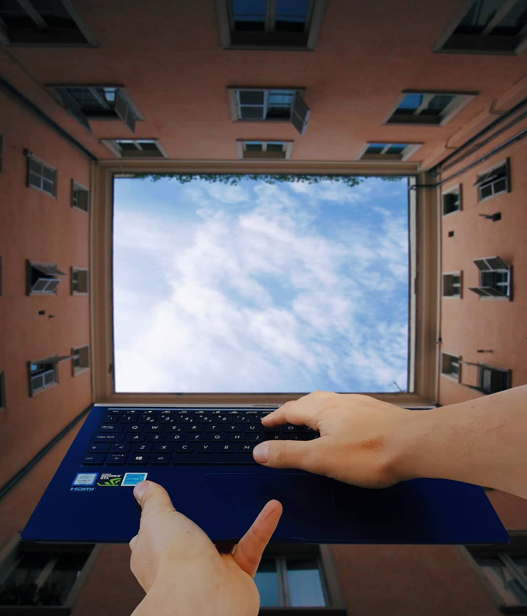 forced perspective photography computer by hugo suissas