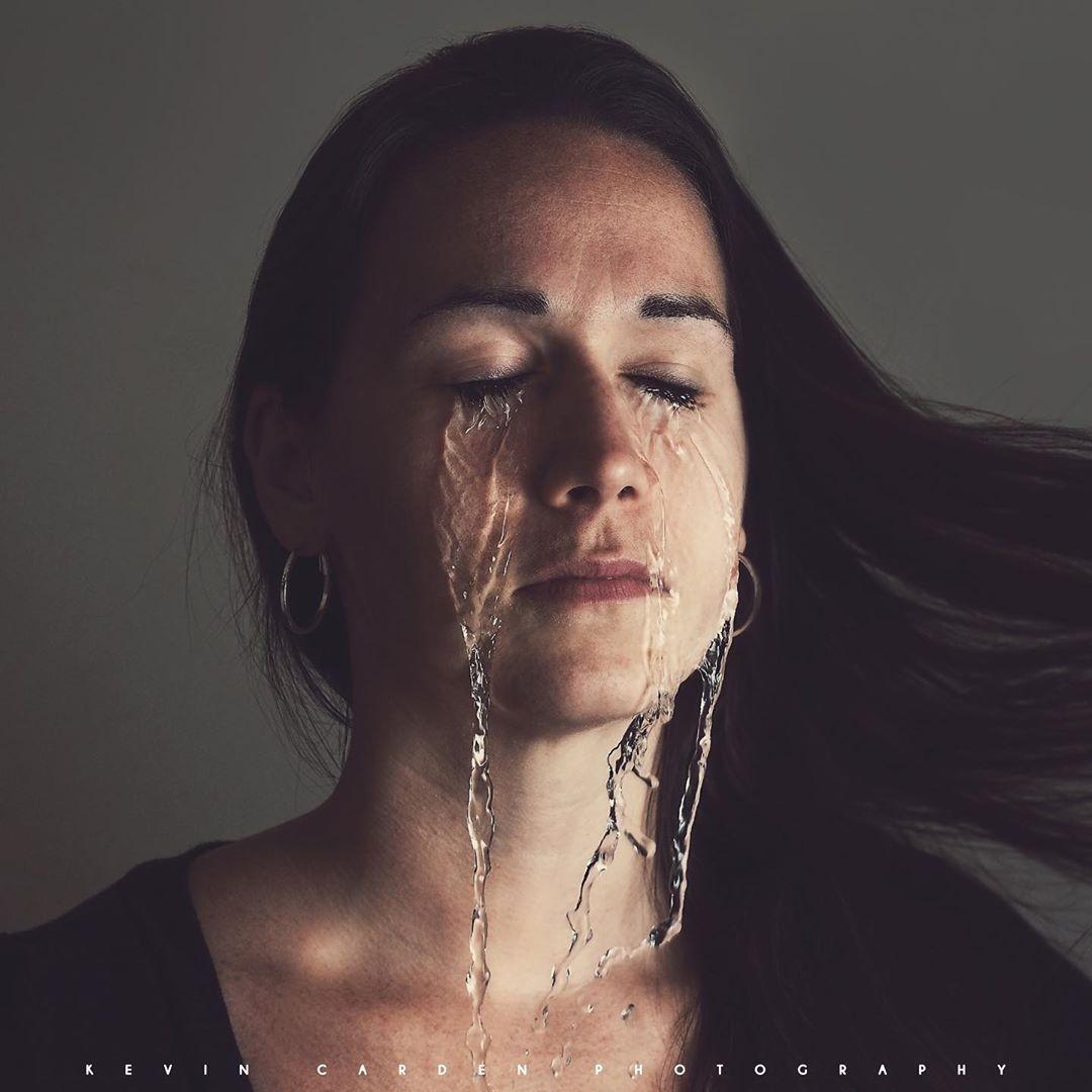 photomanipulation tears