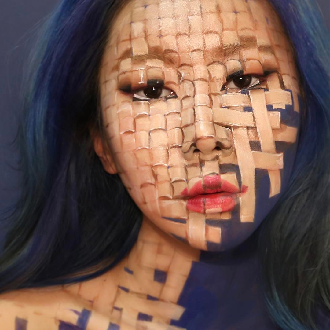 15-illusion-face-painting-by-dain-yoon