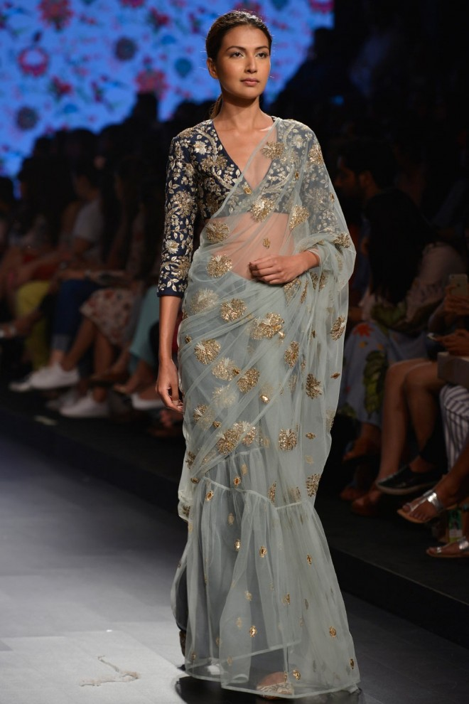 blouse designer by payal singhal