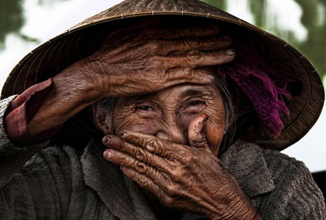 hidden smile by famous photographer rehahn