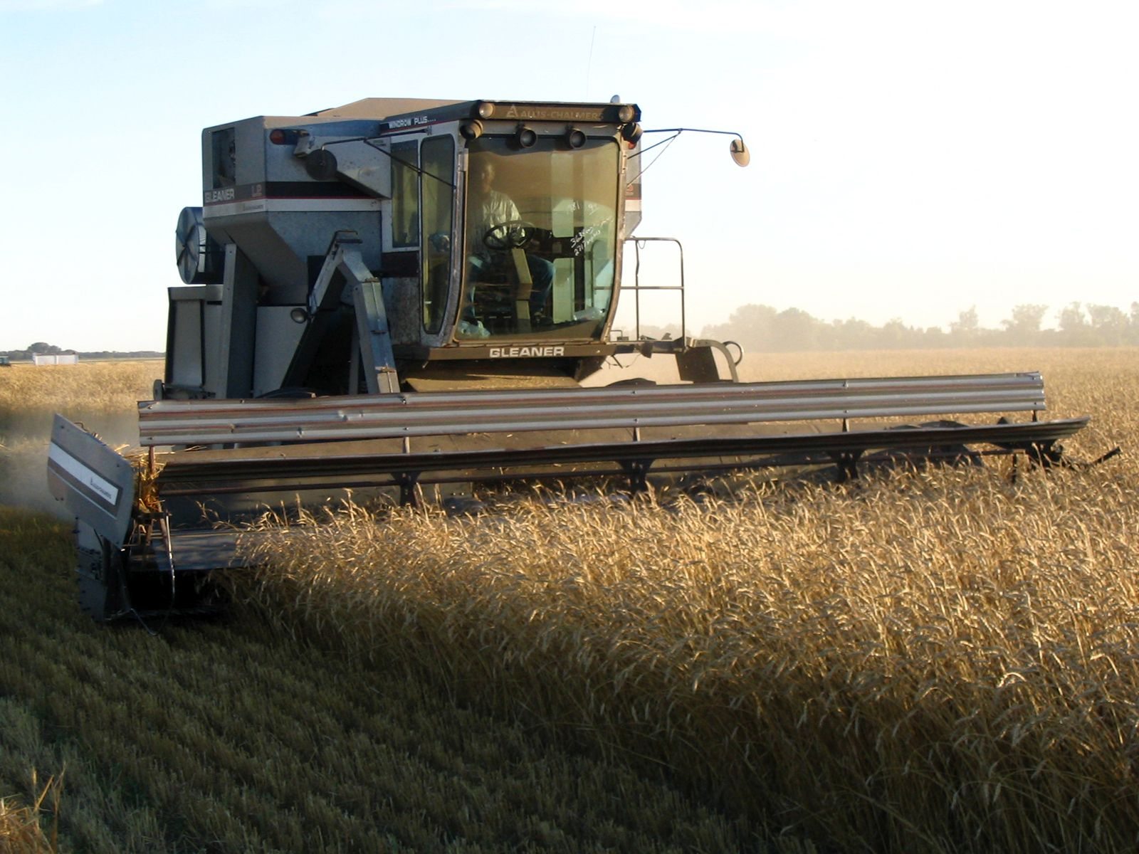 farmers weekly combine harvester photography