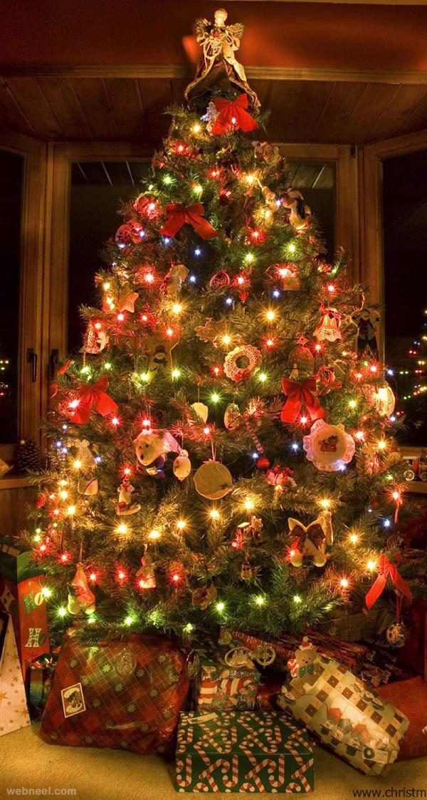 25 Beautiful Christmas Tree Decorating Ideas for your ...