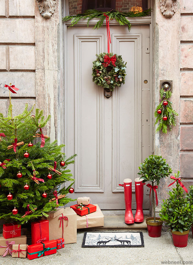 christmas door decorating idea
